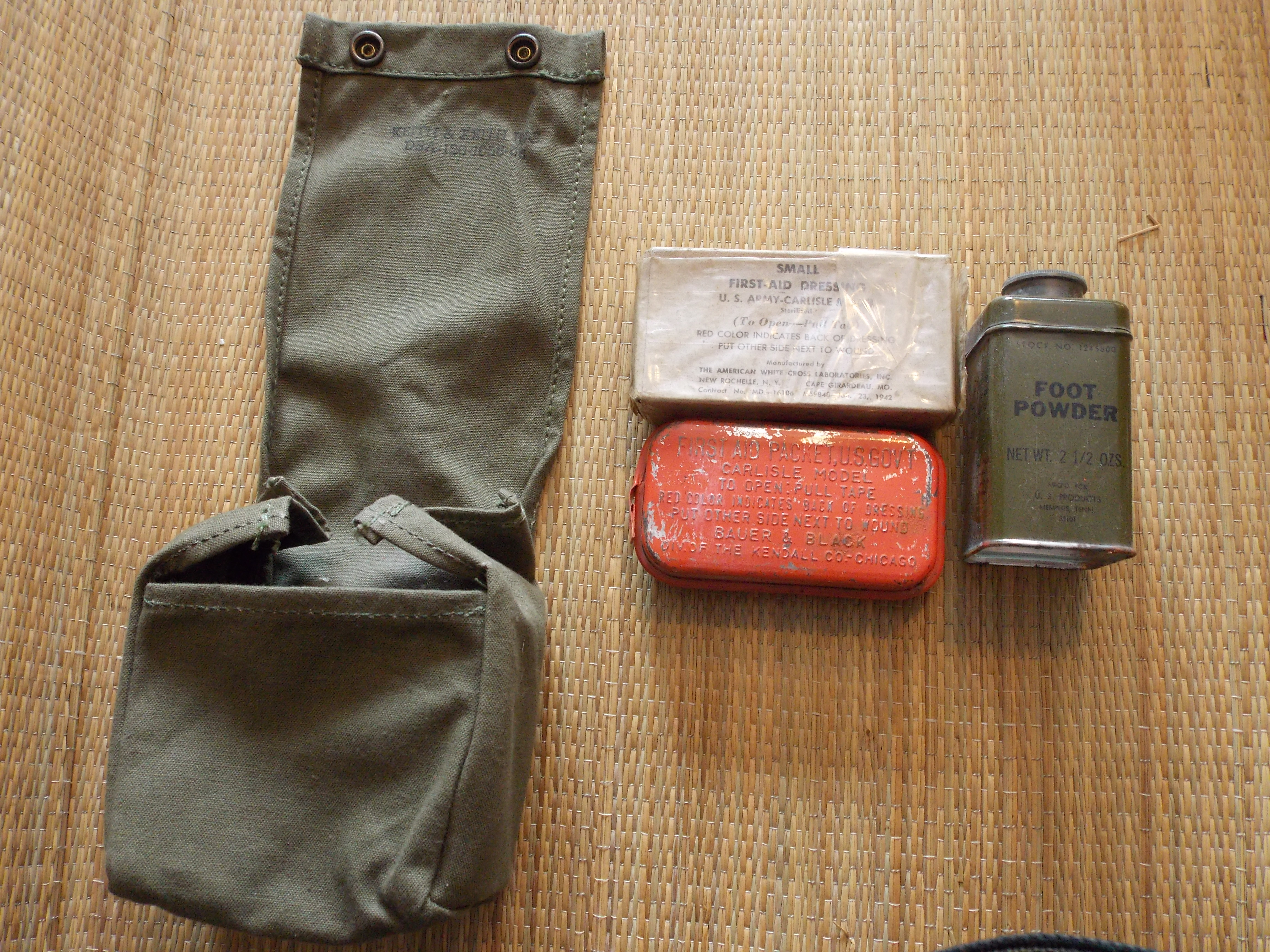 WWII US M1942 FIRST AID FIELD CARRY POUCH-OD#7